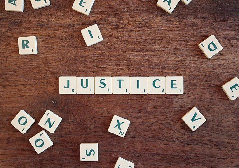 Czy potrzebuję prawnika do pomocy w rozwiązaniu konfliktu biznesowego?