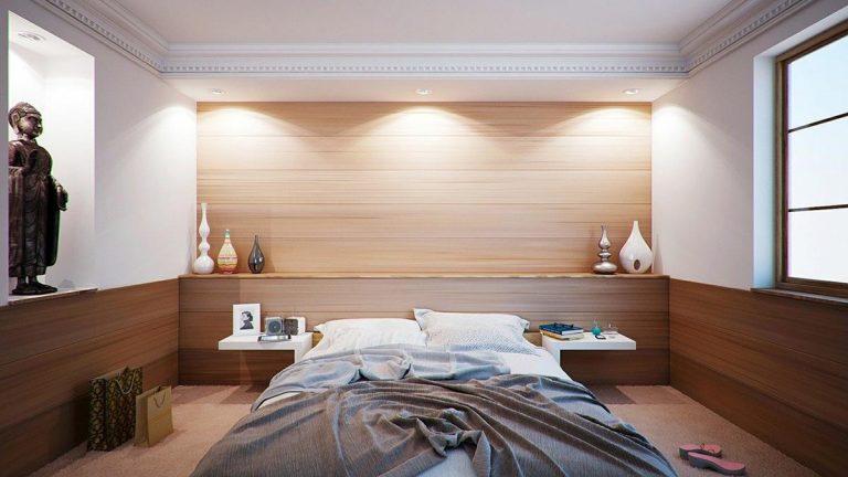 Sypialnia szyta na miarę, czyli przegląd porad w sieci