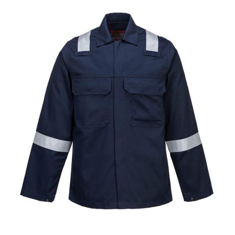 Czy lubicie chodzić w kurtkach zapiętych pod szyję?