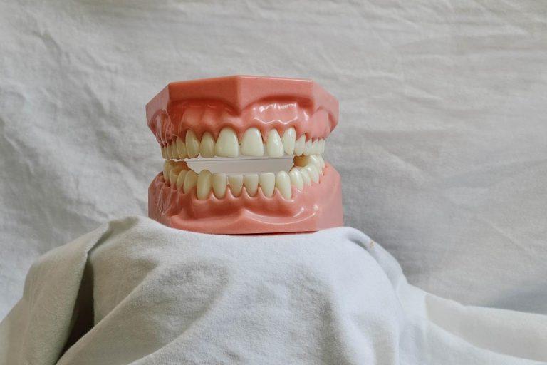 Wybielanie zębów w najlepszym wydaniu